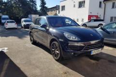 Porsche Cayenne před celopolepem